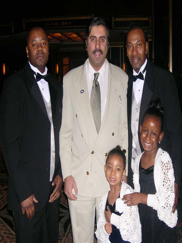 Dr.Abbey With Subway hero Wesley Autrey sr and his family  2007