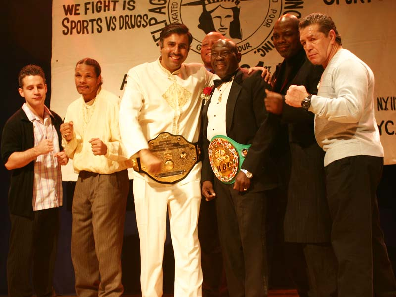 Dr.Abbey honored by Boxing Greats