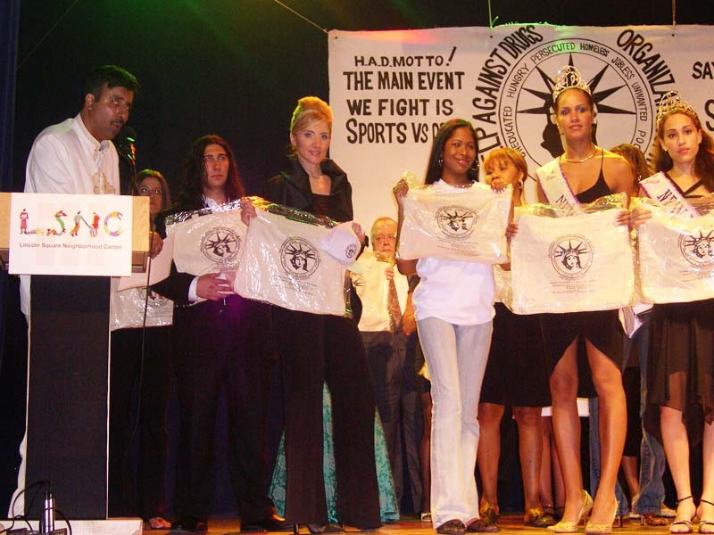Models & Volunteers honored at Gala 2009